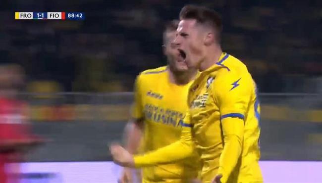 هدف صاروخي رائع فى مباراة فيورنتينا وفروسينوني بالدوري الايطالي