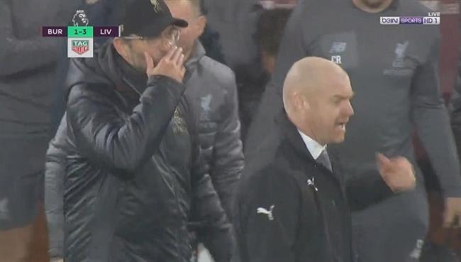 حوار ساخن بين يورجن كلوب وشين ديتش بعد نهاية مباراة ليفربول وبيرنلي