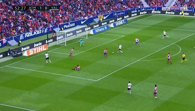 العارضة تحرم فالنسيا من تسجيل هدف التعادل امام اتلتيكو مدريد