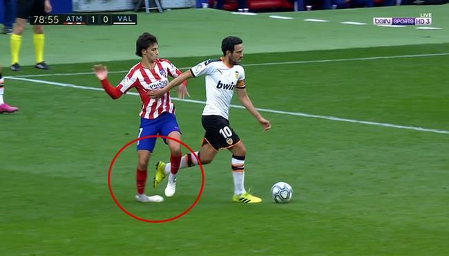 اصابة جواو فيليكس وخروجه في مباراة اتلتيكو مدريد وفالنسيا