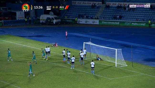 هدف يوسف بلايلي العالمي من ركنية في مباراة الجزائر وبتسوانا بتصفيات امم افريقيا