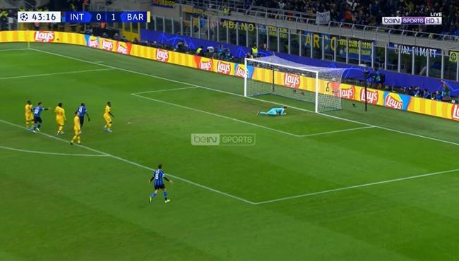 هدف لوكاكو في مرمي برشلونة .. تعليق عصام الشوالي
