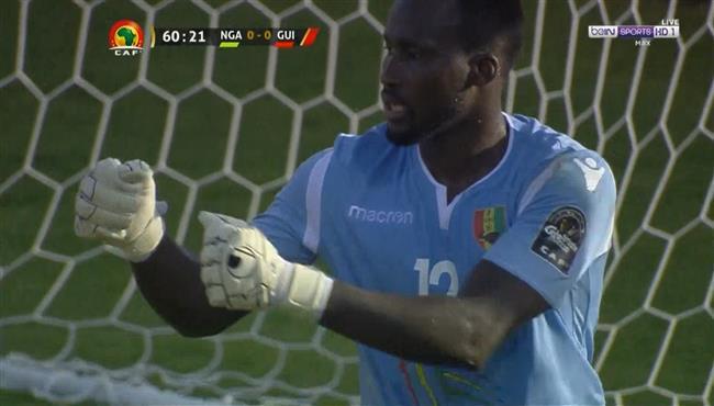تصدي رائع من حارس مرمي غينيا يحرم ايوبي من تسجيل هدف اول لنيجيريا
