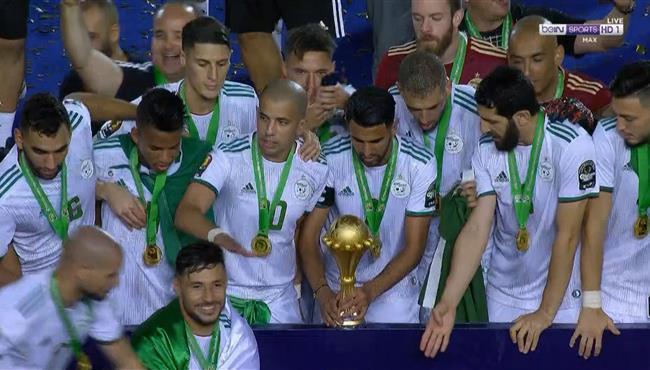 مراسم تتويج الجزائر بطلا لكاس امم افريقيا 2019