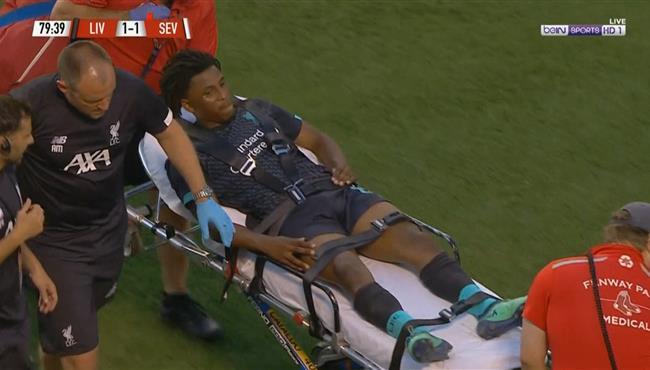 اصابة ياسر لعروسي فى مباراة ليفربول واشبيلية الودية