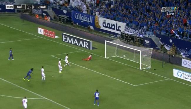 هدف تعادل الهلال مع أبها في الدوري السعودي .. جوميز
