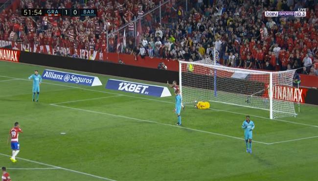 خطأ قاتل من شتيجن كاد ان يكلف برشلونة هدف ثاني لغرناطه في الدوري الاسباني