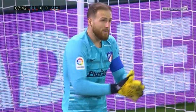 تصدي مذهل من اوبلاك ينقذ مرمي اتلتيكو مدريد من هدف اول لايبار