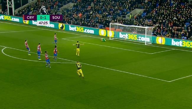 اهداف مباراة ساوثهامبتون وكريستال بالاس (2-0) الدوري الانجليزي