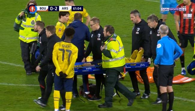 اصابة موستافي وخروجه في مباراة ارسنال وبورنموث بكأس الاتحاد الانجليزي