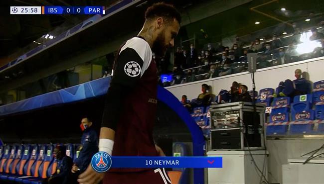اصابة نيمار وخروجه في مباراة باريس سان جيرمان وباشاك شهير