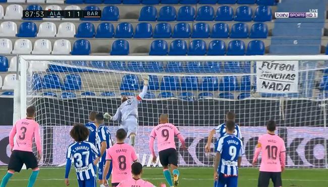 تصدي باتشيكو الرائع يحرم بيانتش من تسجيل هدف ثاني لبرشلونة