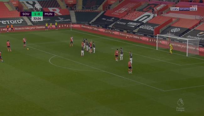 هدف وارد براوس الرائع في مرمي مانشستر يونايتد
