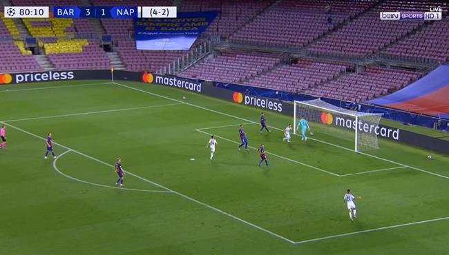 هدف نابولي الملغي امام برشلونة بداعي التسلل