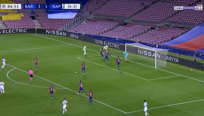 القائم يرد هدف محقق لنابولي امام برشلونة