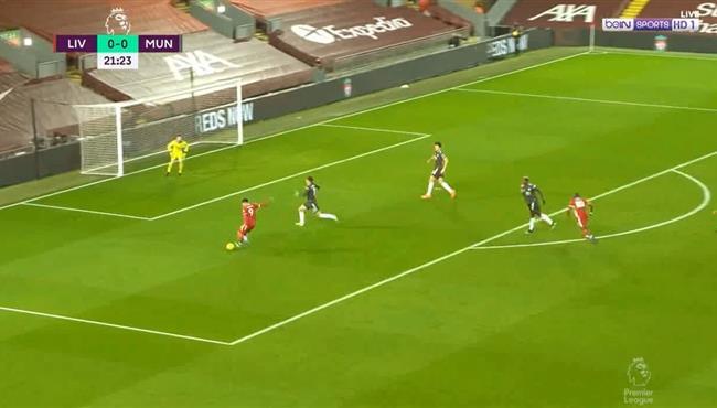 محمد صلاح وفيرمينو يهدران فرصة هدف امام مانشستر يونايتد
