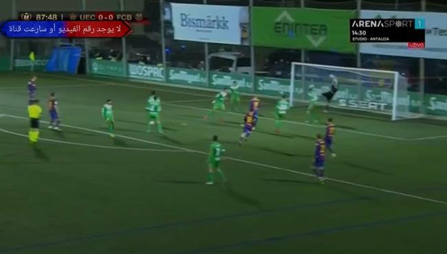 حارس مرمي ودفاع كورنيلا ينقذوا مرماهم من هدف اول لبرشلونة