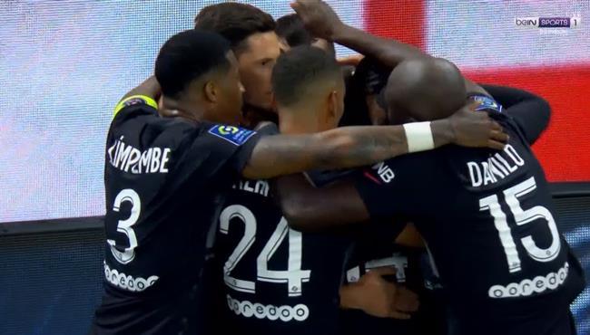 اهداف مباراة باريس سان جيرمان و انجيه (2-1) الدوري الفرنسي