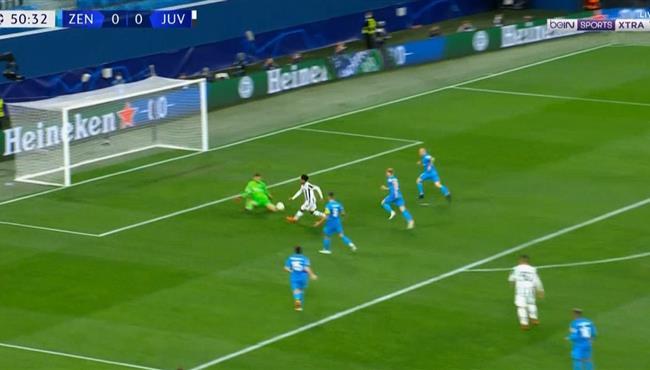 ويستون ماكيني يهدر فرصة هدف امام زينيت