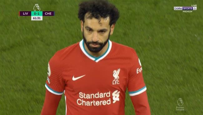 لحظة خروج محمد صلاح فى مباراة ليفربول وتشيلسي