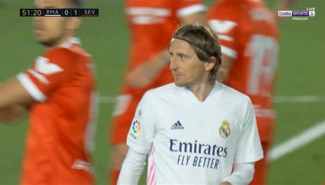 ياسين بونو يمنع لوكا مودريتش من تسجيل هدف رائع لريال مدريد