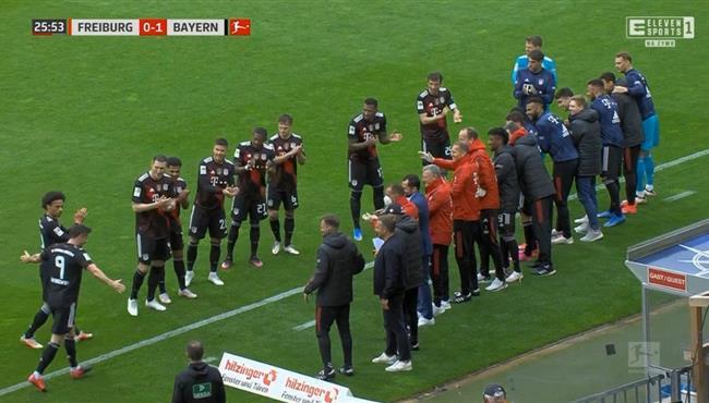 هدف ليفاندوفيسكي في مرمي فرايبورج واحتفال خاص مع اللاعبين