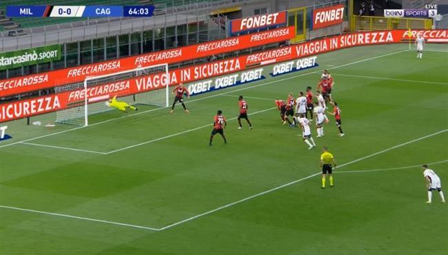 تصدي دوناروما الرائع في مباراة ميلان وكالياري