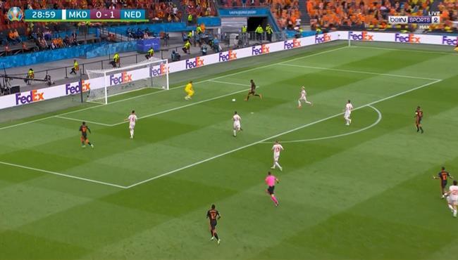 حارس مقدونيا ينقذ مرماه من هدف ثاني لهولندا