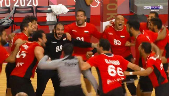 فرحة واحتفالات لاعبو مصر لكرة اليد بعد الفوز علي المانيا في اولمبياد طوكيو
