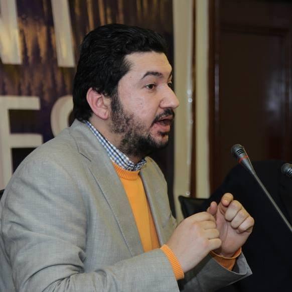 ياسر رجب